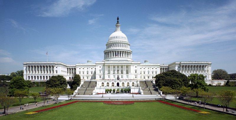 United_States_Capitol_-_west_front_tilt_correct.jpg