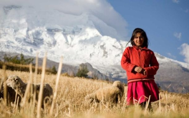 girl-mountains-peru-ogb-46962_1_610x381.jpg
