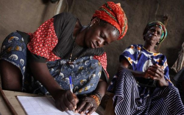 women-saving-for-change-mali-ous-20349_610x381.jpg